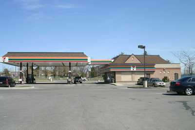 Valley Mills Plaza  , Vaughan,  leased, , HomeLife/ROMANO Realty Ltd.