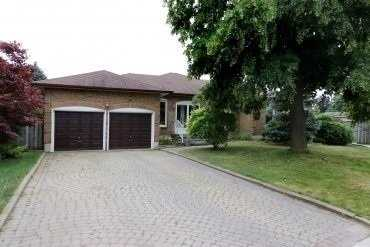 29 Montgomery Sq,  W4677529, Brampton,  for sale, , Kandice Henry, iPro Realty Ltd., Brokerage