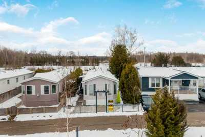 4 Lakeshore Dr,  X4689459, Puslinch,  for sale, , Melissa Francis, RE/MAX Twin City Realty Inc., Brokerage*