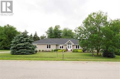 525 Maxey Drive,  30783119, Palmerston,  for sale, , Rob Pearlstone, RE/MAX Twin City Realty Inc., Brokerage *