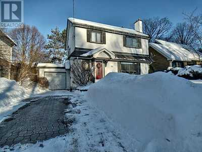 261 PATRICIA AVENUE,  1182913, Ottawa,  for sale, , Marta B. Restrepo, CAPITAL HOMES REALTY INC.