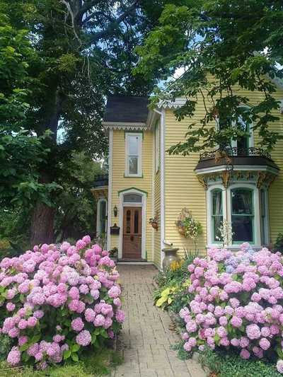 86 Ferrie St W,  X4733025, Hamilton,  for sale, , Forest Hill Real Estate Inc., Brokerage*