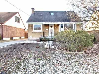 30 Hillview St,  X4723160, Kitchener,  for sale, , Par Sidhu, RE/MAX Realty Services Inc., Brokerage*