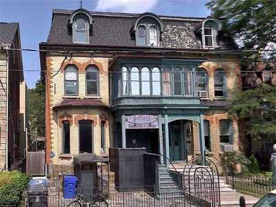 226 Carlton St,  C4774130, Toronto,  for lease, , Masi Sheikh, HomeLife/Realty One Ltd., Brokerage
