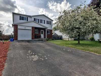 6 Jena Crt,  X4781873, Hamilton,  for sale, , Tanis Hall, Royal LePage State Realty