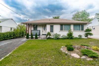 2035 Hindhead Rd,  W4827152, Mississauga,  for sale, , Ashton  Ekbatani, RE/MAX Realty Specialists Inc., Brokerage *