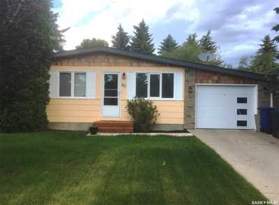90 Churchill DRIVE,  SK800159, Saskatoon,  for sale, , Great Rate Realty Ltd.