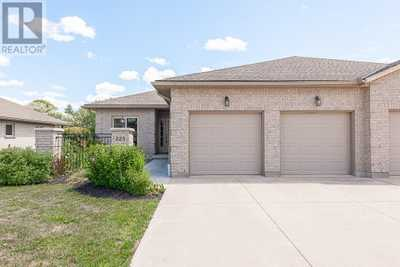 223 NAPIER Street,  30826140, Mitchell,  for sale, , RE/MAX a-b REALTY LTD. BROKERAGE