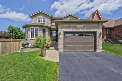 6 FENCHURCH Manor,  30826910, Barrie,  for sale, , Nasrin  Zamani, RE/MAX Crosstown Realty Inc., Brokerage*