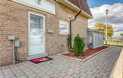 134 Town House Cres,  W5002519, Brampton,  for sale, , (Mubasher) BASHIR Ahmed   , RE/MAX MILLENNIUM REAL ESTATE Brokerage