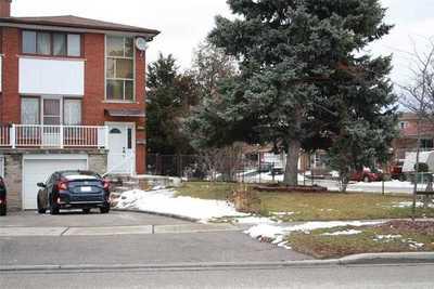 3615 Twinmaple Dr ,  W5071960, Mississauga,  for sale, , Manuel Gonzalez , RE/MAX Real Estate Centre Inc., Brokerage *