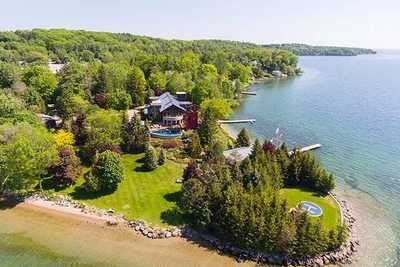 51 Barrie Terrace Terr,  S5077504, Oro-Medonte,  for sale, , Claire Oh, Harvey Kalles Real Estate Ltd., Brokerage *