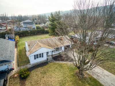 13 ORCHARD Parkway,  H4095043, Grimsby,  for sale, , Wayne Schilstra Team