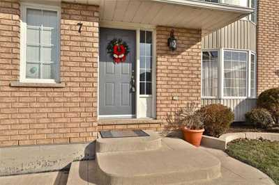 7 Luciano Crt,  X5096182, Hamilton,  for sale, , (Mubasher) BASHIR Ahmed   , RE/MAX Millennium Real Estate Brokerage