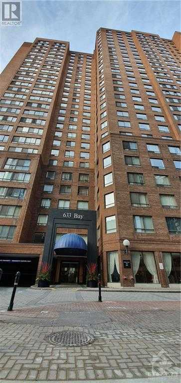 633 BAY STREET UNIT#1812,  1222290, Toronto,  for sale, , Michael Baillot, P. Eng., Details Realty Inc. Brokerage*