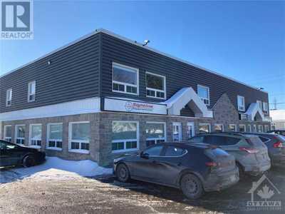 81 AURIGA DRIVE UNIT#3/4,  1226503, Ottawa,  for sale, , Megan Razavi, Royal Lepage Team Realty|Real Estate Brokerage