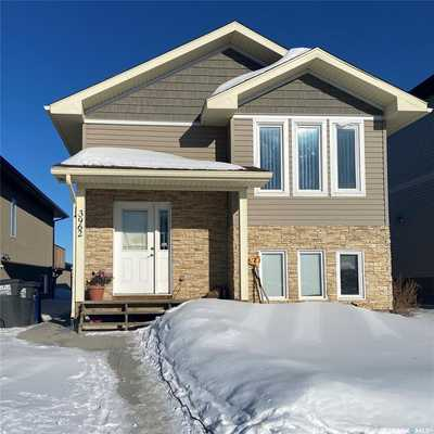 3962 33rd STREET W,  SK841106, Saskatoon,  for sale, , Shawn Johnson, RE/MAX Saskatoon