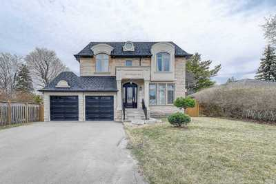 492 Wellington  Cres,  W5179408, Oakville,  for sale, , Gary Singh, RE/MAX Excel Realty Ltd., Brokerage*