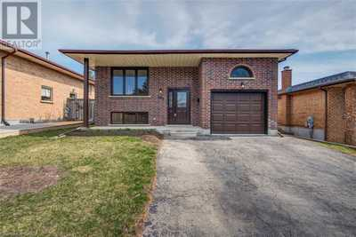 101 HOLM Street,  40093208, Cambridge,  for sale, , Stacey Chaves, RE/MAX Twin City Realty Inc., Brokerage*