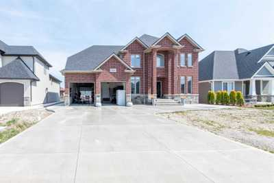 934 Chateau Ave,  X5186392, Windsor,  for sale, , Akram Syed, Royal Star Realty Inc., Brokerage *