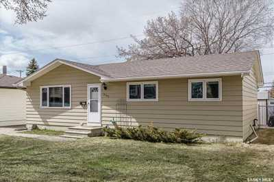 2202 Preston AVENUE S,  SK853965, Saskatoon,  for sale, , Shawn Johnson, RE/MAX Saskatoon