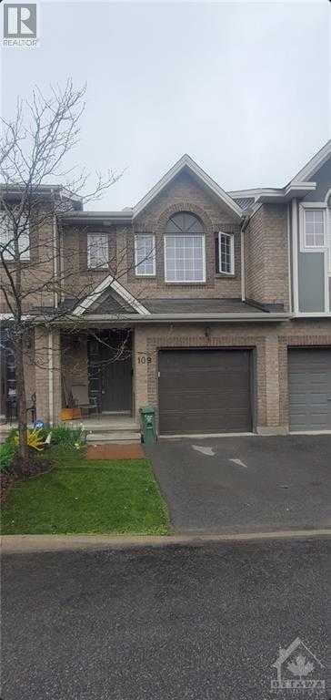 109 CHARTLEY PRIVATE,  1240061, Ottawa,  for sale, , Megan Razavi, Royal Lepage Team Realty|Real Estate Brokerage