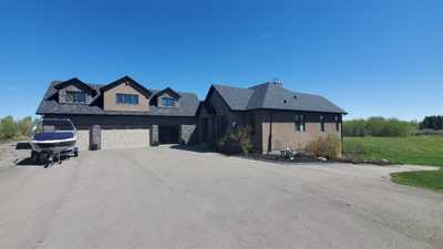 25208 Burma Road NW,  A1080575, Rural Rocky View County,  for sale, , Parbodh Shorey, URBAN-REALTY.ca