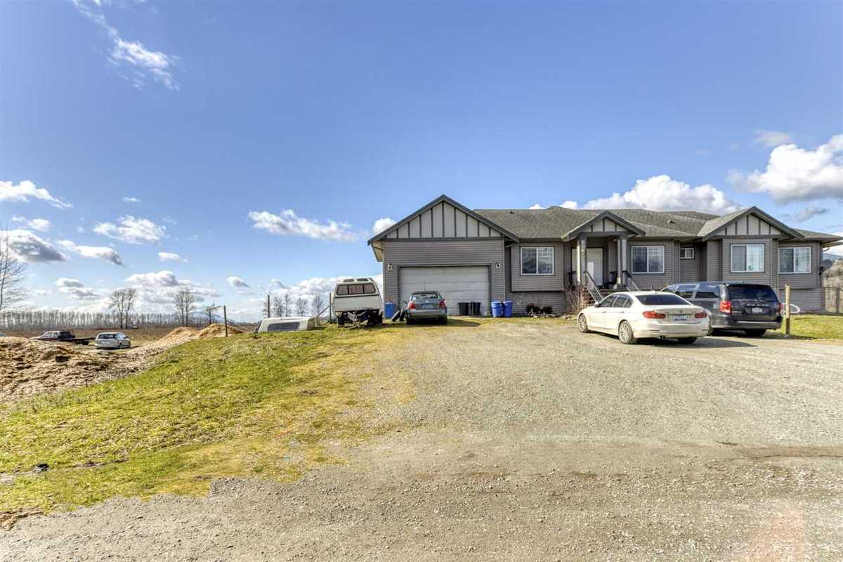 695 TUYTTENS ROAD, R2554886, Image 2