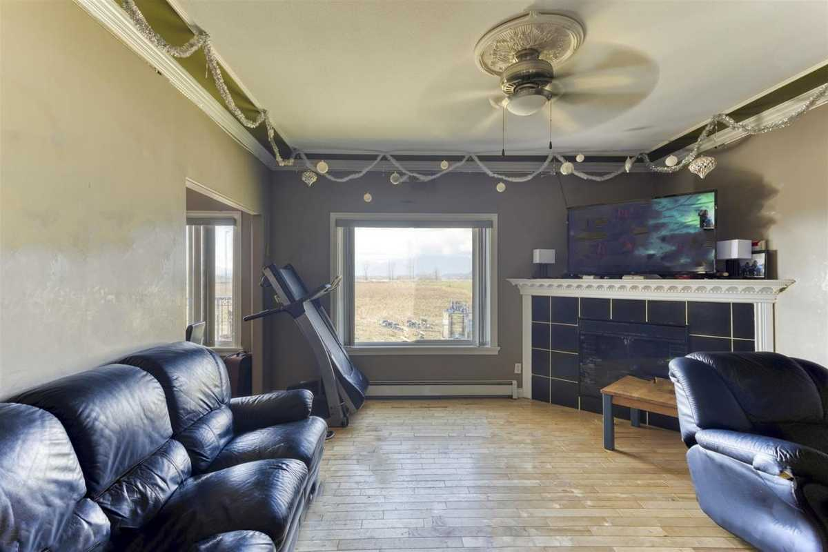 695 TUYTTENS ROAD, R2554886, Image 6