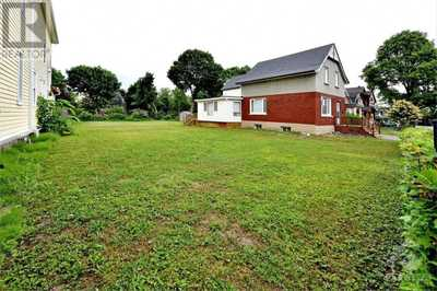 67 SPRINGHURST AVENUE,  1247093, Ottawa,  for sale, , Federick Yam, RE/MAX Hallmark Realty Group, Brokerage*