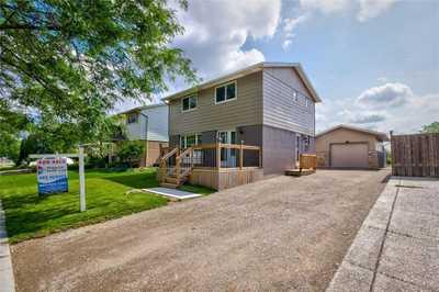 121 CHILTON Drive,  H4112081, Stoney Creek,  for sale, , Marquee Advisors Team, Bridgecan Realty Corp., Brokerage*