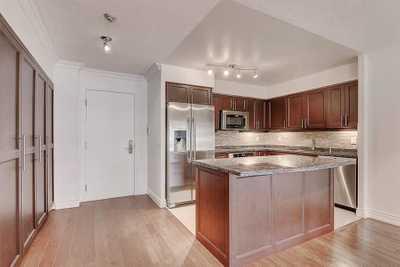 880 Grandview Way,  C5244439, Toronto,  for sale, , Frank Gourdouvelis, Real Estate Bay Realty, Brokerage*