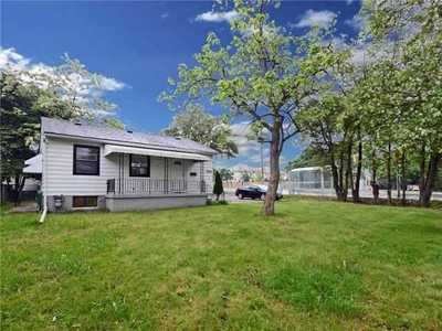 9860 Bayview Ave,  N5276295, Richmond Hill,  for sale, , MARTHA LOPEZ, RE/MAX West Realty Inc., Brokerage *