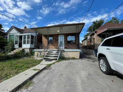 16 Snider Ave,  W5362979, Toronto,  for rent, , Steven Maislin, RE/MAX Realtron Realty Inc., Brokerage*