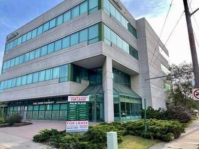 3910 Bathurst St,  C5365250, Toronto,  for lease, , Steven Maislin, RE/MAX Realtron Realty Inc., Brokerage*