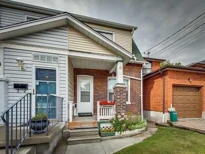 26 King Edward Ave,  E5339362, Toronto,  for rent, , Lianne Tapuska, Real Estate Homeward, Brokerage