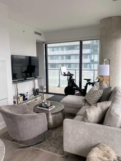 185 Roehampton Ave,  C5371607, Toronto,  for rent, , Cindy Wen, RE/MAX CROSSROADS REALTY INC. Brokerage*